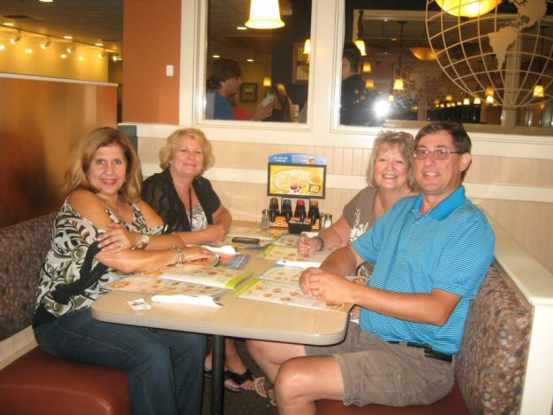 anna, patti, diana and mike at 1am at IHOP after social
